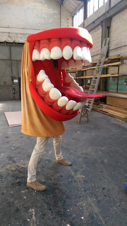 Teeth costume